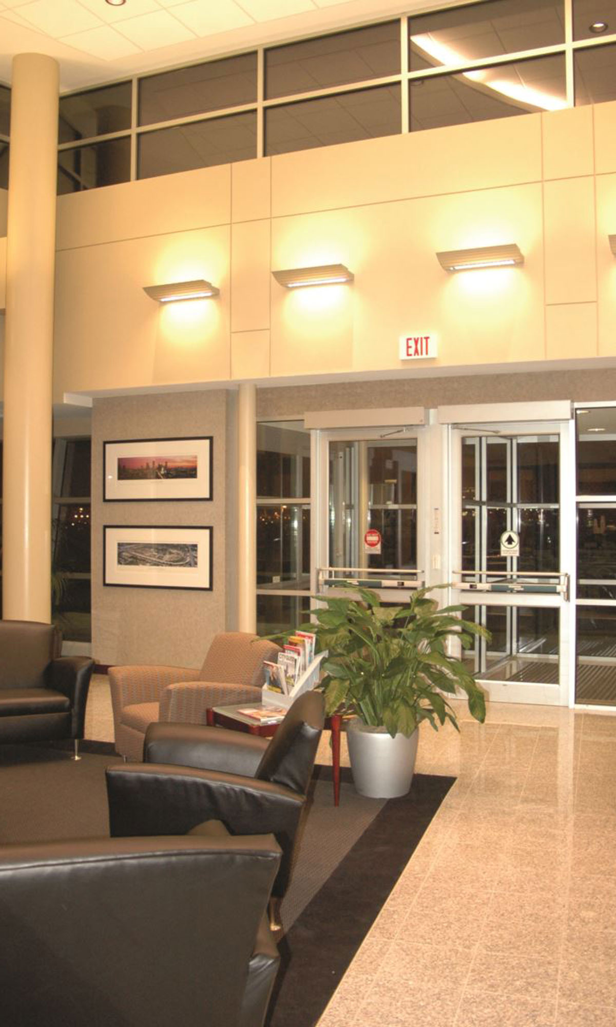 Signature Flight Supprt Executive Terminal Interior