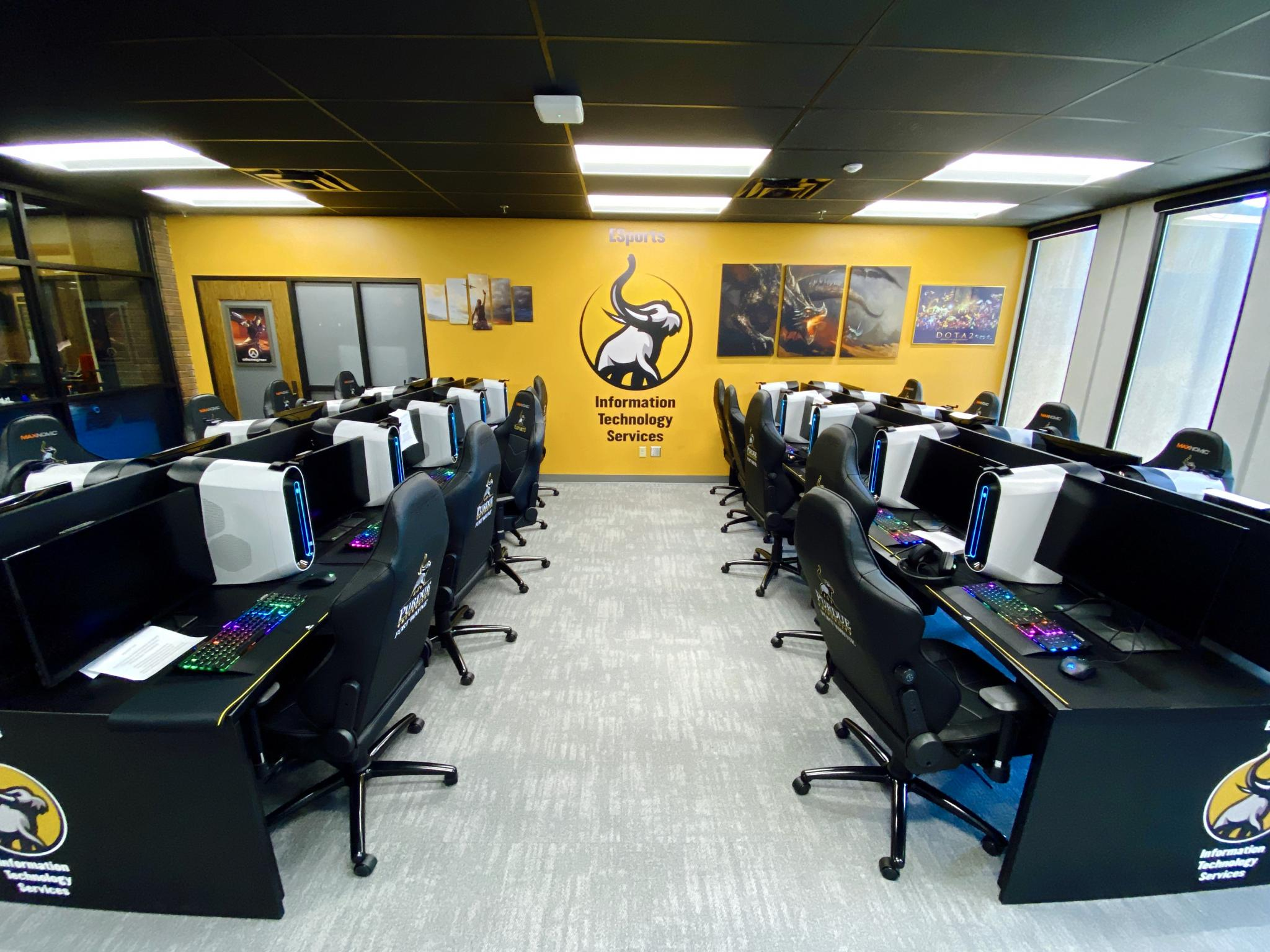 photo of esports lab